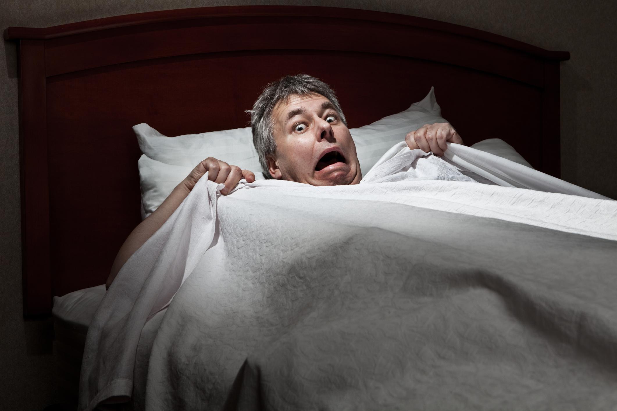 Почему просыпается человек в поту