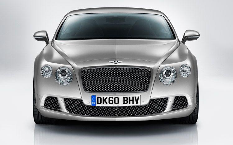 Первые фотографии обновленного Bentley Continental GT