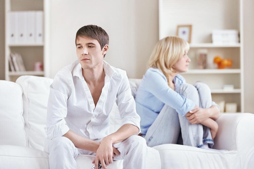 жена изменила развод алименты долго