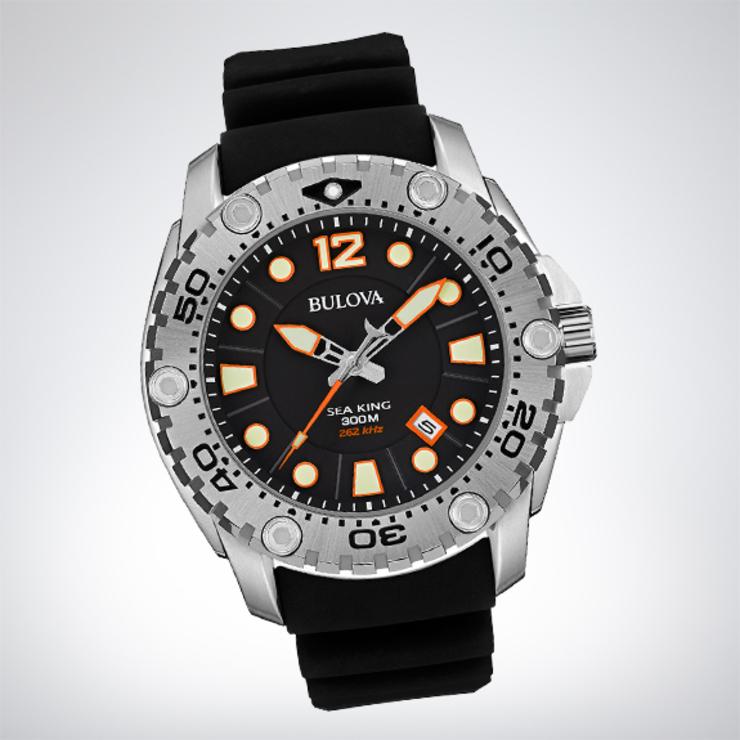 Часы Bulova — 12 тысяч гривен