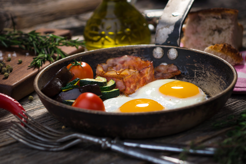 Яйца и бекон - мужской завтрак №1