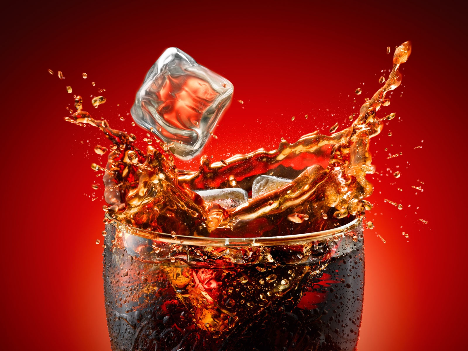 Кола и алкоголь - две несовместимости