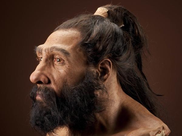 Скульптурный портрет неандертальца работы Джона Гёрча