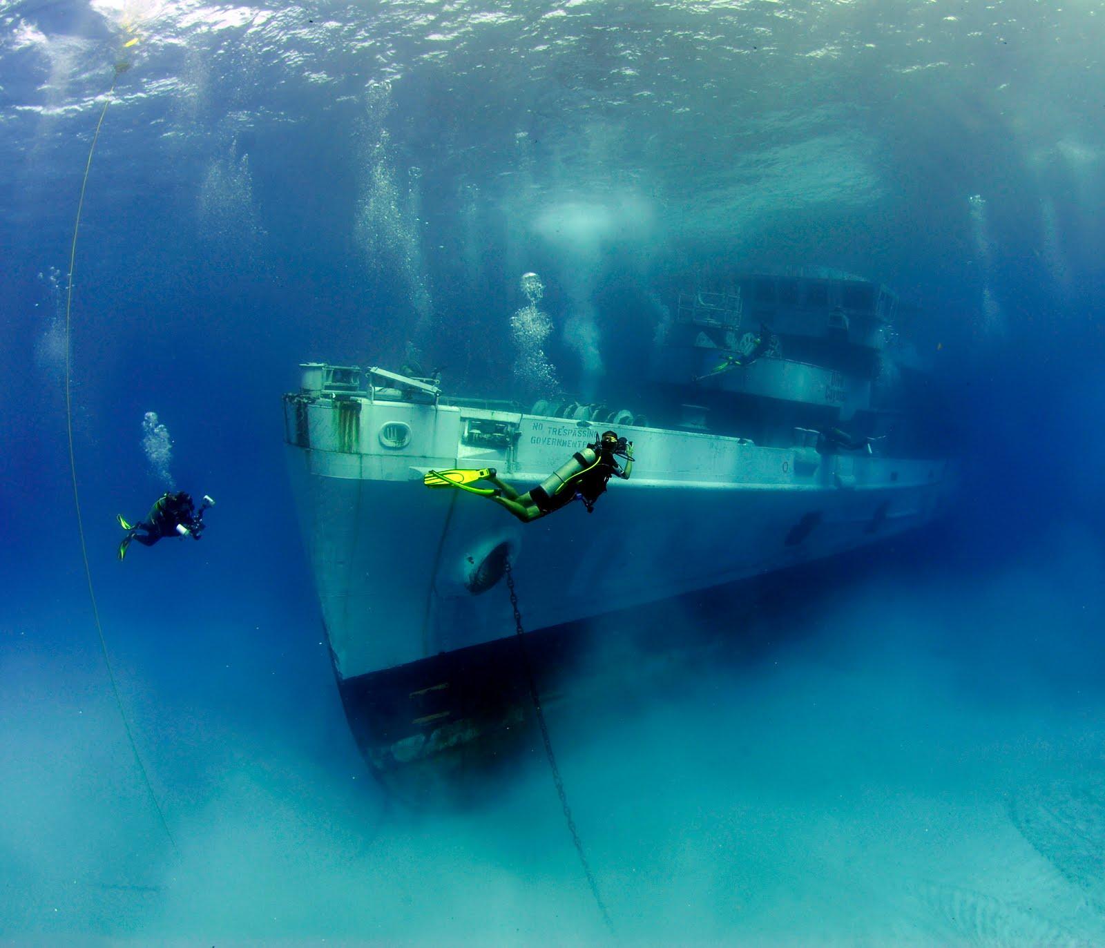 Затонувший корабль USS Kittiwake, Каймановы острова