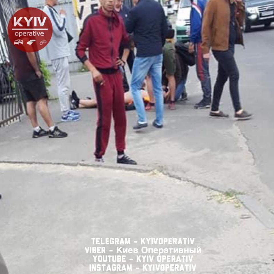 В Киеве пострадал водитель мопеда: Сводка за 14 июля