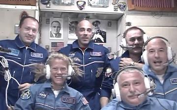 Новый экипаж на МКС