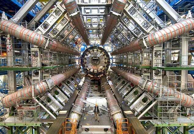 Адронный коллайдер — самое большое научное сооружение