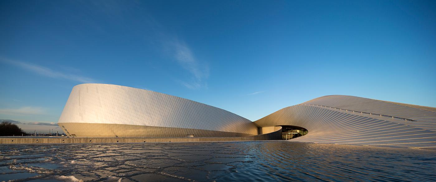 Аквариум в Копенгагене - самый большой искусственный водоем в мире