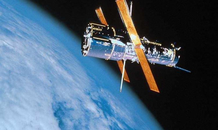 Спутник упадет в начале августа