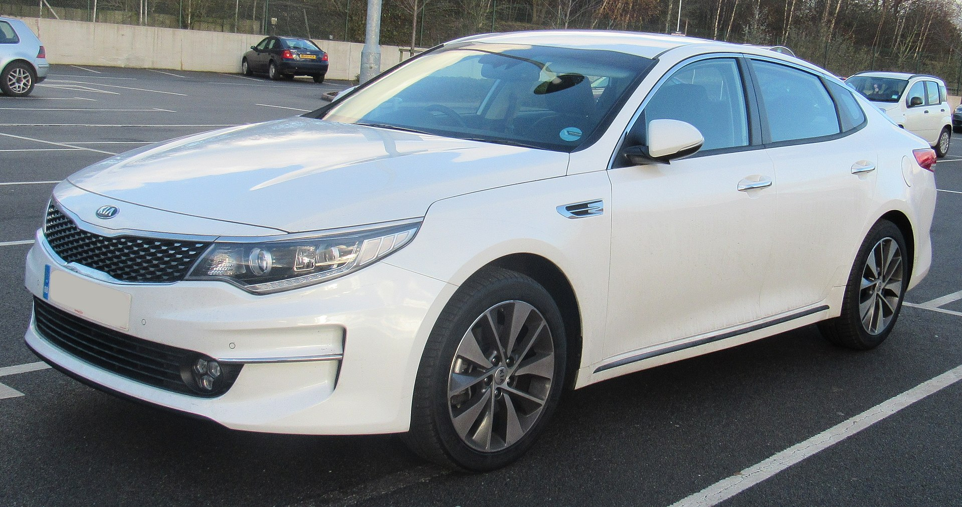 4. Kia Optima Hybrid