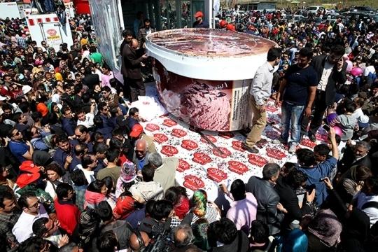 Иранцы давно мечтали попасть в Книгу рекордов Гинесса