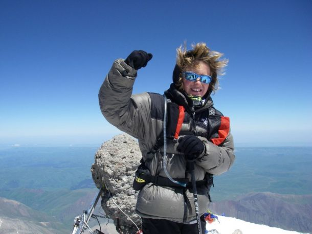 Джордан Ромеро впервые поднялся на Эверест в возрасте 14-ти лет