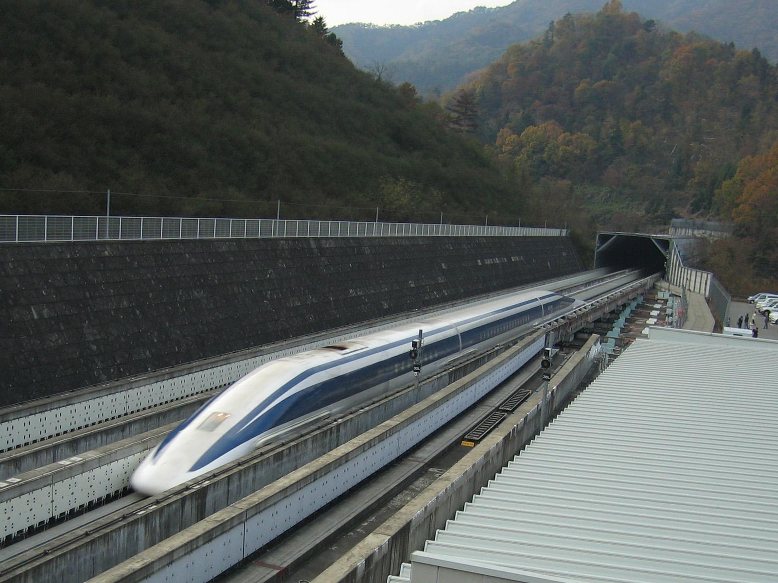 JR-Maglev разгоняется до 581-го км/ч