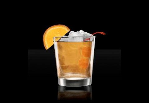 Олд Фэшн строго рекомендуется пить из стаканов