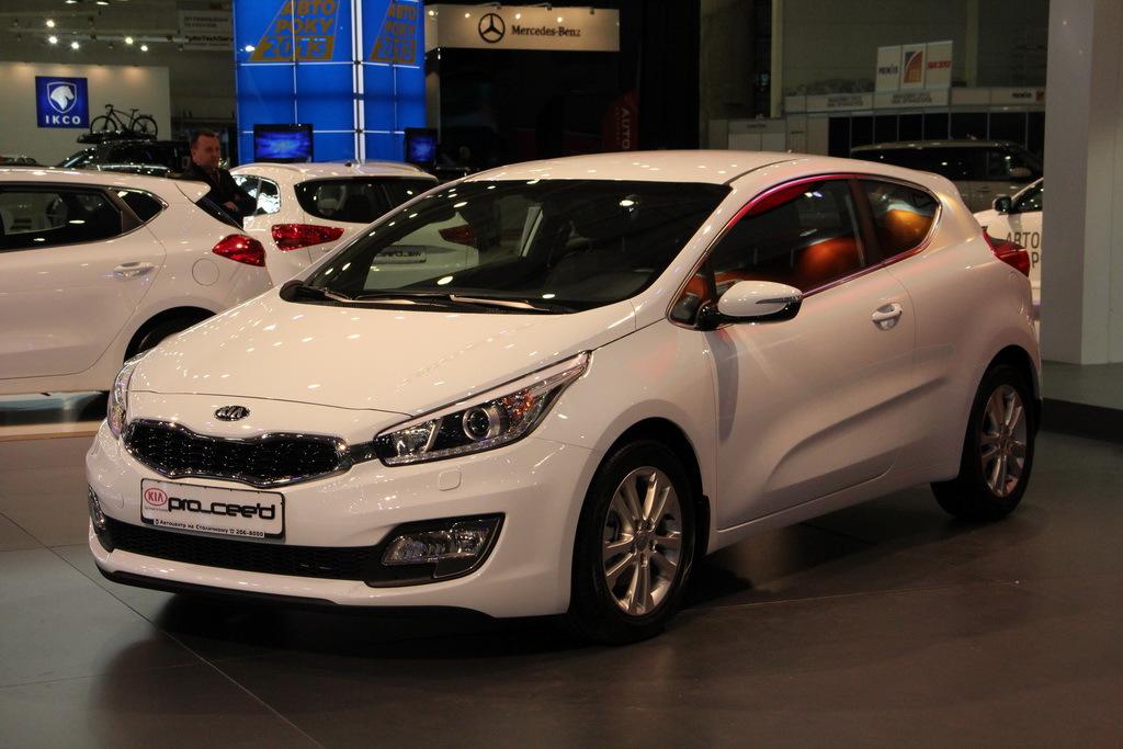 SIA 2013: Kia pro_cee'd - от 211 560 грн