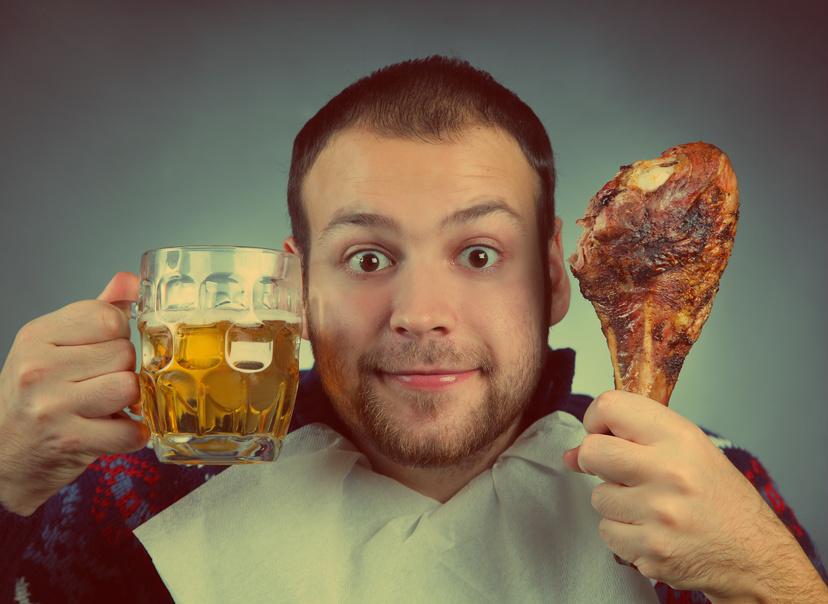Алкоголь и жирная пища к добру не приведут