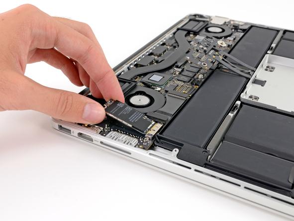 Разборка MacBook Pro