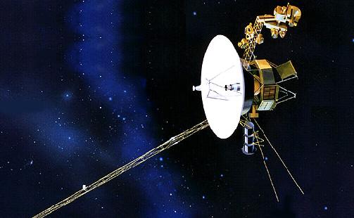 Voyager 1 от Земли находится на расстоянии порядка 19-ти миллиардов километров