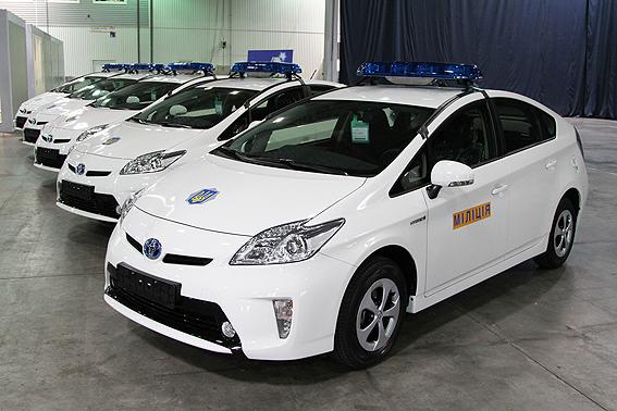 Toyota продолжает поставлять гибриды для украинской милиции