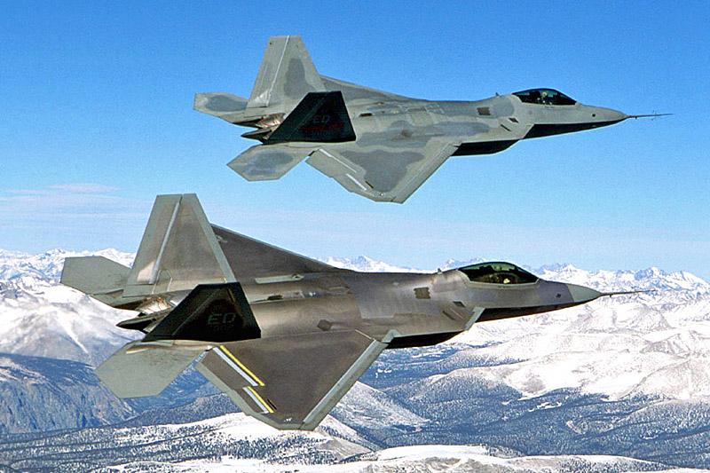 Один F-22 стоит 146,2 миллиона долларов