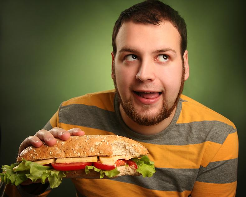 Вот сейчас съем бутербродик, и пойду на тренировку...