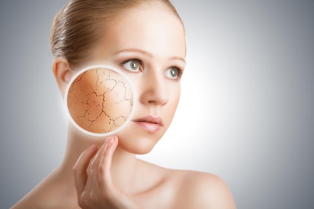 Обвисшие щеки и проблемы с кожей — виноваты гаджеты