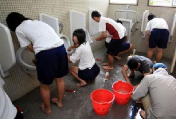 Голые фото школьницы из японии без трусиков и лифчика онлайн в хорошем hd 1080 качестве фотоография