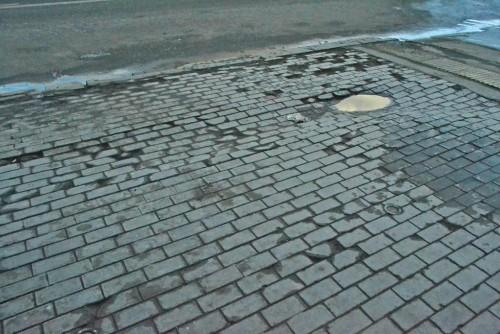 Плитку в центре Москвы переложат заново