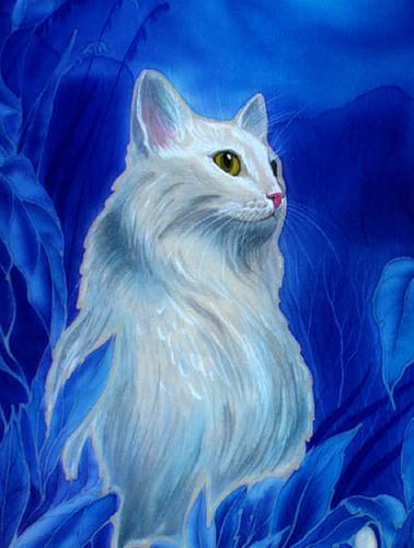 Мягким вкрадчивым голосом кошка