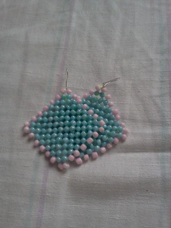 Квадратные сережки из бисера