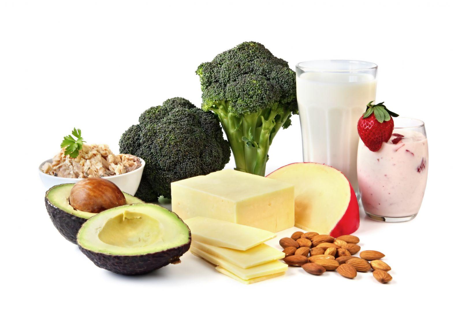 В чем содержится кальций больше всего: список продуктов и суточная норма для человека