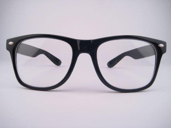 Завтра наконец-то куплю очки)) Я уже сегодня с подругой ездила смотреть...