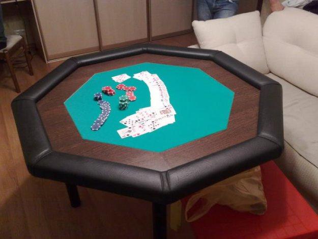 fabrica tu mesa de poker crear un generador de corriente taringa. Black Bedroom Furniture Sets. Home Design Ideas