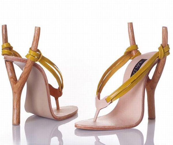 Необычная обувь от дизайнера коби
