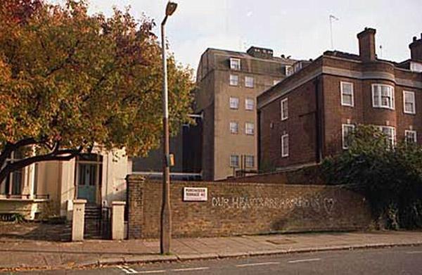 Фальшивый дом В Лондоне