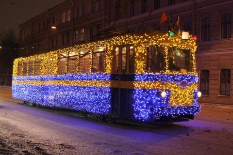 О работе пассажирского транспорта в новогоднюю ночь и в праздничные дни.