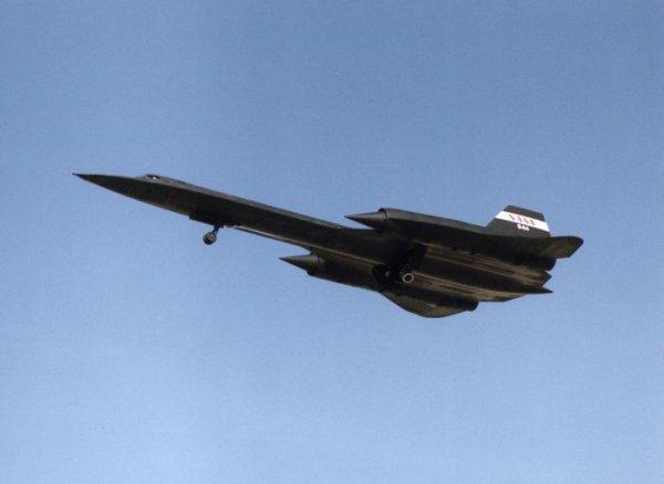 Самый быстрый самолет в мире sr 71
