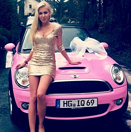 Картинки женщина за рулем - 89a90