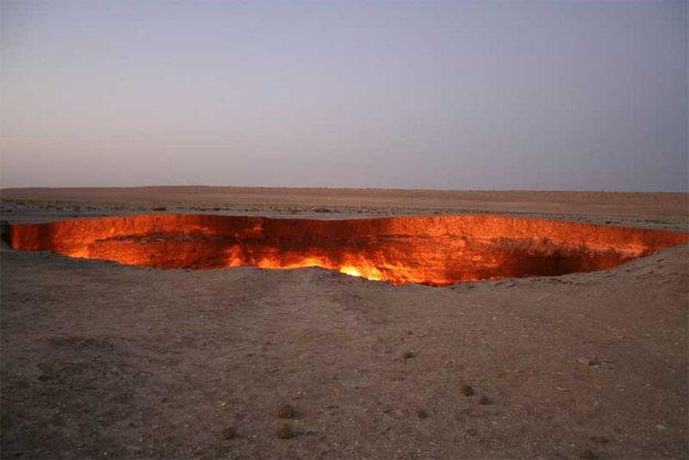 Горящая дыра в Туркменской пустыне  183784_402296