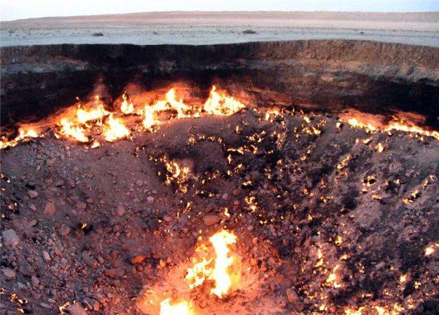 Горящая дыра в Туркменской пустыне  183784_402298