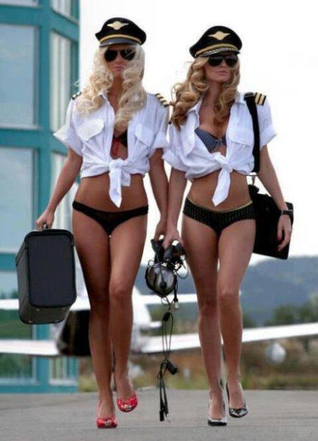 Песочница. девушки,стюардессы,Эротика,красивые фото обнаженных, совсем голы