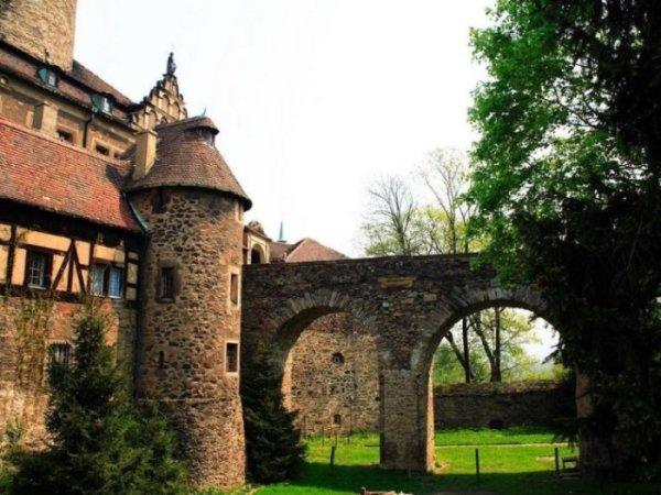 """68. Если Вам понравилась новость  """"Красивые фото замков """" , а может не получилось посмотреть или скачать и..."""