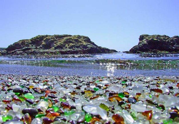 Самые необычные пляжи мира 181717_392582