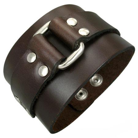 Купить широкий кожаный браслет с заклепками 110398.