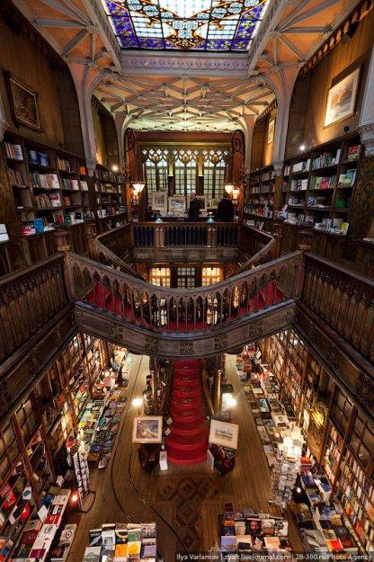 Книжный магазин Livraria Lello  181499_390855