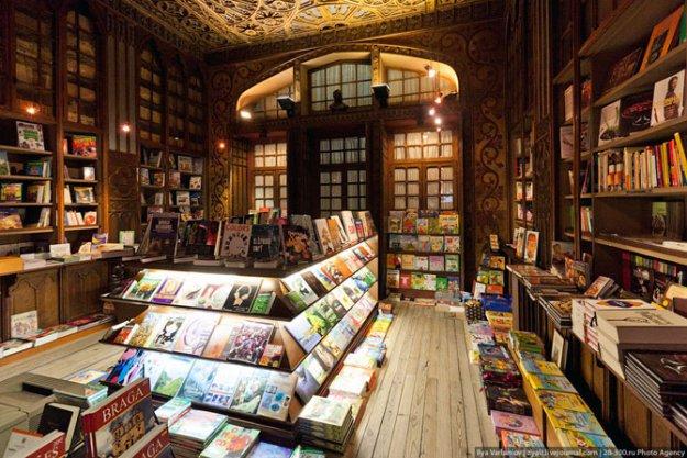 Книжный магазин Livraria Lello  181499_390863