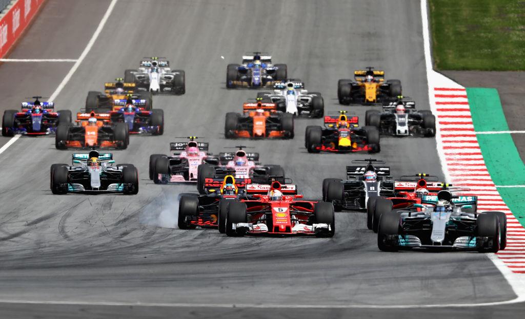 Финн Валттери Боттас одержал победу австрийскую квалификацию «Формулы-1»