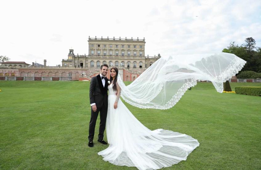 Фабрегас вчера женился на собственной  давнишней  приятельнице