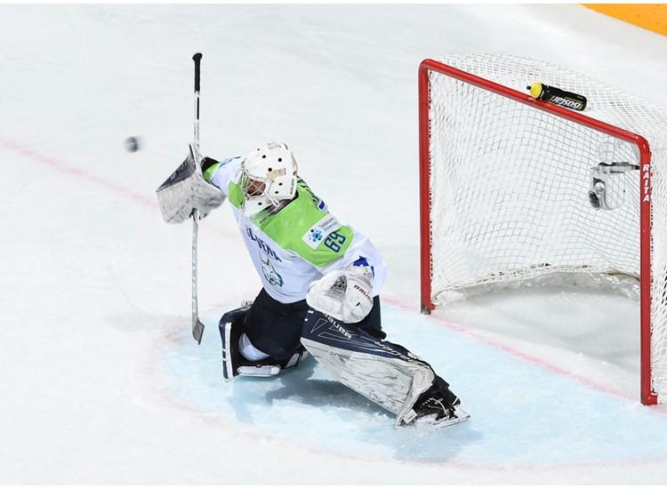 Сборная Швеции разгромила команду Италии