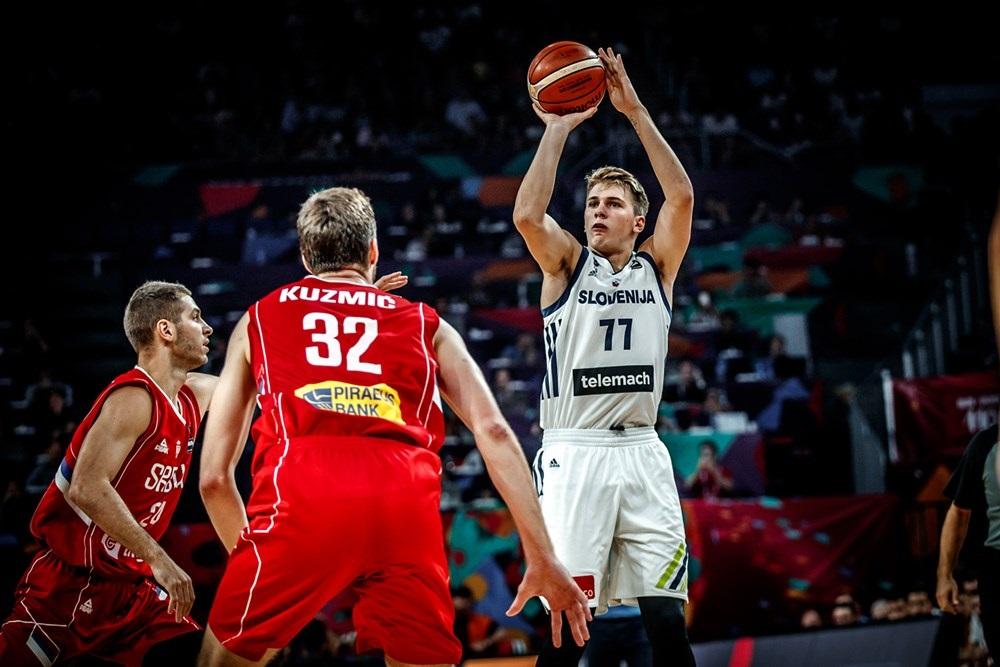 Русские баскетболисты уступили вматче за 3-е место начемпионате Европы